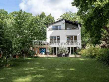 Großes Wohnhaus mit Einliegerwohnung in sehr guter Wohnlage