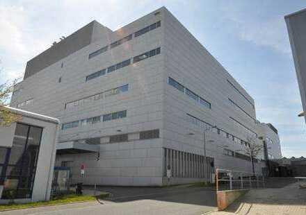 Produktionsgebäude - Industriepark Freiberg (Sachsen)
