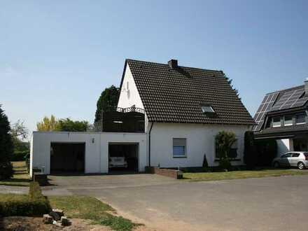 Freistehendes 2-Familienhaus mit traumhaftem Grundstück in Haltern am See - Lippramsdorf