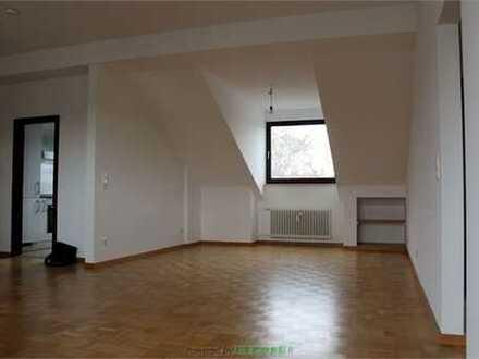 Niddatal- 4-Z-Komfort-Wohnung mit großen Balkon+ moderner Einbauküche