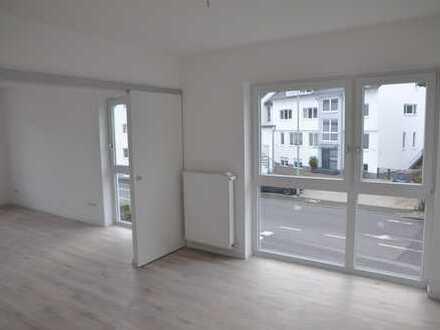 Erstbezug - modern ausgestattete, helle 3-Zimmer-Wohnung mit Balkon in Kelkheim