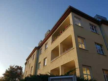 3-Zimmer-Altbauwohnung in Berlin Wilhelmsruh - bezugsfrei