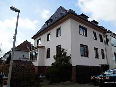 VON PRIVAT - Schönes 3 Familienhaus in bevorzugter Wohnlage zur Vermietung und Eigennutzung