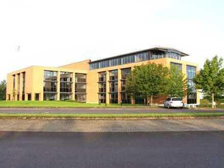 PROVISIONSFREI ! 990 m² Büroflächen in verschiedenen Größen mit bis zu 150 Arbeitsplätzen