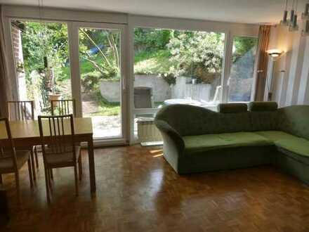 Esslingen nähe Zentrum: Gepflegte 3-Zimmer-Wohnung mit Terrasse und Garten