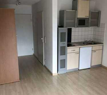 Stilvolle, modernisierte 1-Zimmer-Wohnung mit EBK in Kaiserslautern