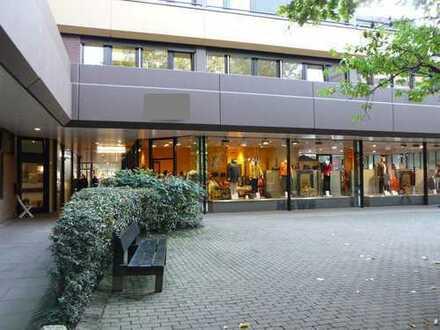 """**Büro im """"EKZ Weiße Rose"""" in Hamburg-Volksdorf zu vermieten**"""