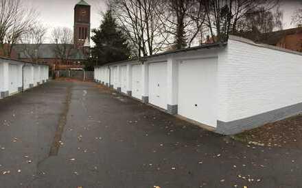 Vollvermieteter Garagenhof mit 17 Garagen in der Clemenstraße / Bahnhofstraße in Castrop - Rauxel