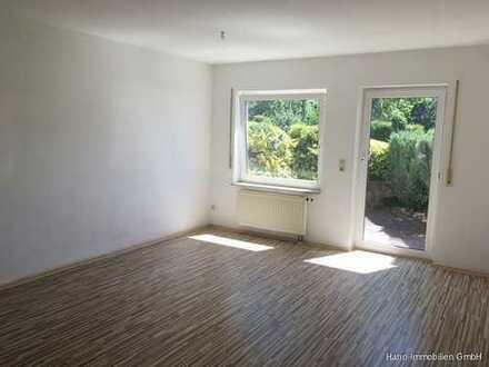Sonnige 2-Zi.-Wohnung in ruhiger, verkehrsgünstiger Lage mit Südterrasse und Stellplatz!!!