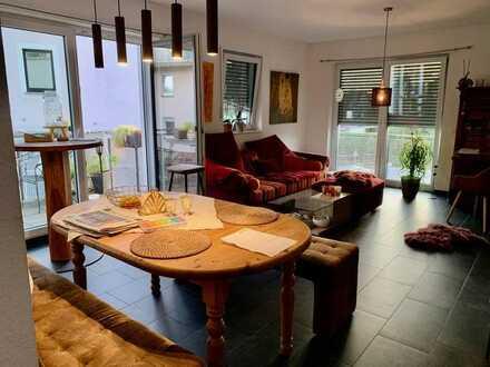 Sehr schöne, moderne 3ZKB Wohnung mit Balkon, Einbauküche und Garage im Klostergarten Schweich
