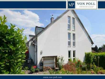 Modernes Reihenendhaus mit gepflegtem Garten und Garage im Haus!