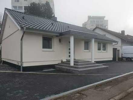 Freistehendes Neuwertiges Einfamilienhaus in gehobener Ausstattung von Privat an Privat
