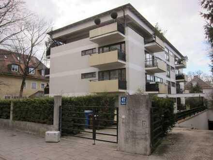 Schwabing/ Ungererstr. / 4 Zimmer-Wohnung mit 3 Balkonen / vermietet