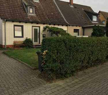 Gemütliche Doppelhaushälfte mit vier Zimmern in Braunschweig