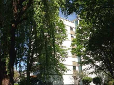 Leben in Ettlingen in der eigenen 4-Zimmer-Wohnung mit großem Balkon / PROVISIONSFREI !!!