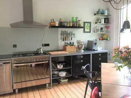 Schöne Altbau Wohnung mit EBK im Ehrenfeld!