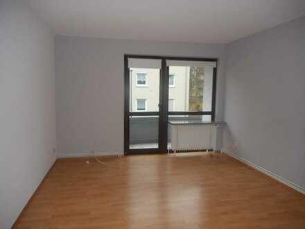 *Schöne 3-Zimmerwohnung mit Balkon in Wiesbaden*