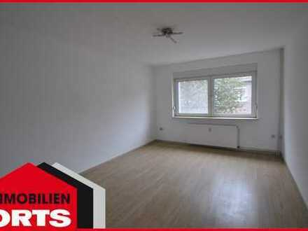 Orts*** 2-Zimmer-Wohnung im 1. OG mit Balkon & Gartennutzung in ruhiger Lage***