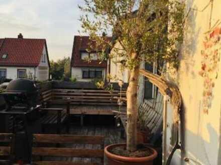 Modernisiertes WG-Zimmer in Maisonette-Wohnung mit Balkon, sowie Garten und EBK in Kaiserslautern