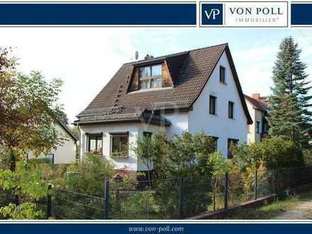 Bezugsfreies Mehrfamilienhaus mit 4 Wohneinheiten