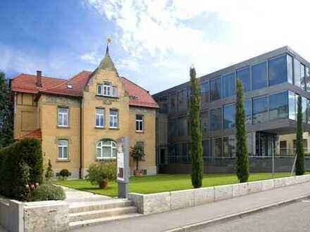 Erstbezug nach Sanierung mit Einbauküche: attraktive 2,5-Zimmer-Wohnung in Schorndorf