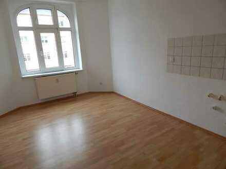 kleine 1 Raum-Wohnung mit Dusche in guter Lage sucht neuen Bewohner***1 Monat kaltmietfrei**