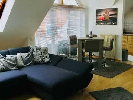 1 Zi EBK, Bad, Dachstudio mit Balkon, TV-Entertain & 100 Mbit DSL mit WLAN, Parkplatz