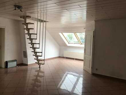 Helle große 5-Zimmer-Wohnung in Karlsruhe