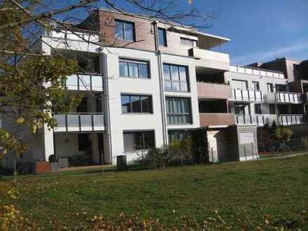 Stilvolle, neuwertige, helle 3-Zimmer-Wohnung mit Balkon und EBK in Landsberg am Lech