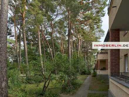 IMMOBERLIN: Charmante vermietete Altbauwohnung mit Südbalkon zur Naturidylle