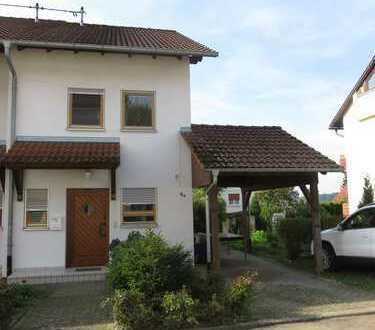 Schönes Reiheneckhaus mit fünf Zimmern in Frickingen-Altheim