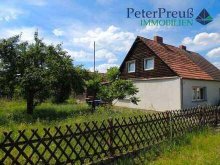 RESERVIERT -Wohnen in der beliebten Zetkinsiedlung - teilmodernisierte Doppelhaushälfte in Ruhiglage