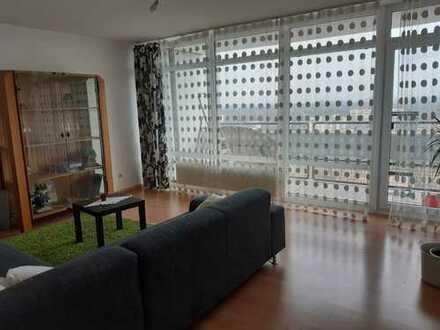 Gepflegte 3 Zimmer, Küche, Bad Wohnung zur Untermiete, mit Balkon und Einbauküche in Frankenthal
