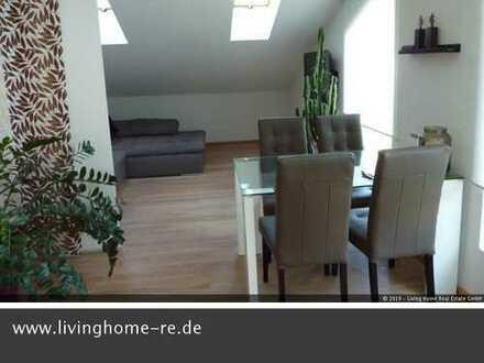 Bad Wiessee, Außergewöhnliche 2 Zi. DG Wohnung mit Dachschrägen, sehr gemütlich!