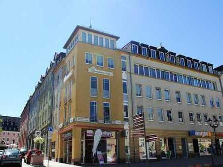 ++ Dachgeschosswohnung auf dem Klostermarkt - EINBAUKÜCHE möglich ++