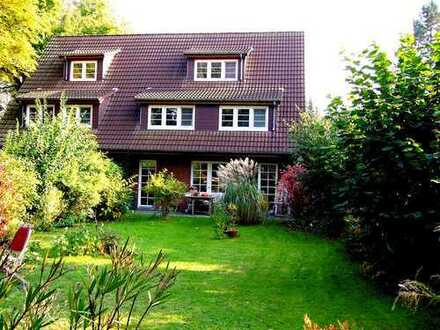 Hauseinheit mit eigenem Garten in Zehlendorf auf 3 Jahre befristet