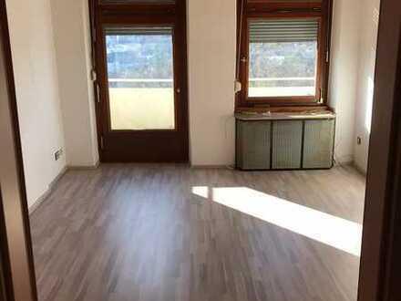 Helle 4-Zimmerwohnung (WG-geeignet) am Ölberg