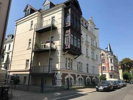 Herrschaftliche 3-Zimmerwohnung, 2 Balkone, Pölitzstraße 19, EG RE WE 02