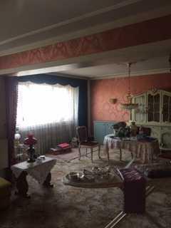 Helle Zweizimmer-Wohnung mit großem Wohnzimmer