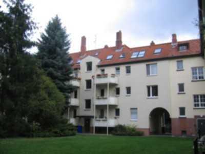 4-Zimmerwohnung in zentraler Lage mit modernisiertem Wannenbad