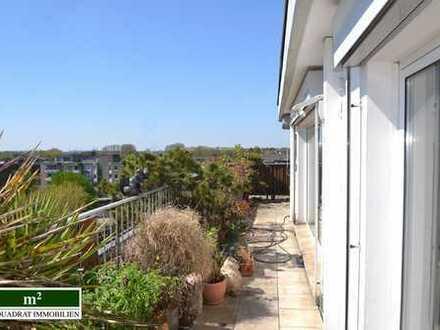 Den Sommer genießen auf der eigenen Dachterrasse: Penthouse-Wohnung mit sensationellem Weitblick