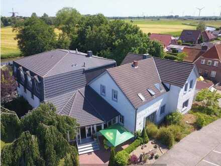 Kleines, feines Hotel mit angebautem Wohnhaus an der Nordsee zu verkaufen