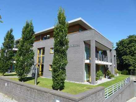 BIK: Charmante 2-Zimmer-Penthouse-Wohnung mit Traumblick am Westfalenweg