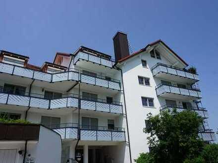 Sonnige 2-Zimmer-Wohnung mit 2 Balkonen, EBK und TG-Stellplatz in Bestlage Putzbrunn