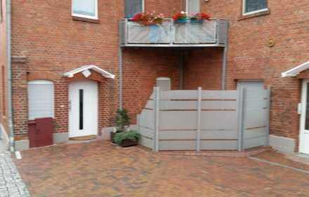 Gepflegte 3-Zimmer-EG-Wohnung mit Terasse in Bad Lauchstädt