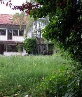 Bestlage Gröbenzell nähe Kino 6 min S-Bahn / ältere DHH auf einem Traumgrundstück