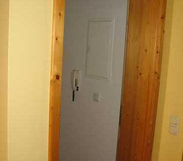 2 Zimmer Wohnung neu renoviert