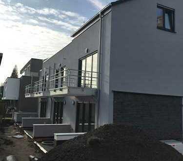 Beuel-Süd, Erstbezug einer hochwertigen Neubau-Dachgeschosswohnung