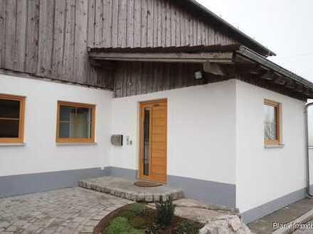 Helle und großzügige Erdgeschosswohnung - in Rosshaupten