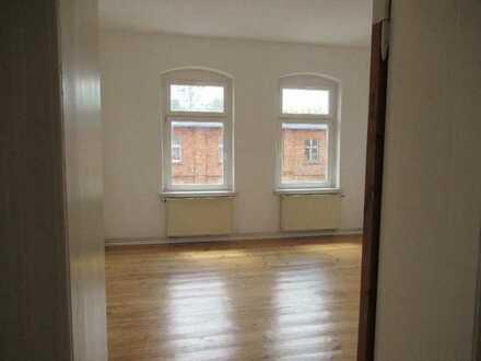 157m² Familienwohnung mit Balkon, zentral in Angermünde! verfügbar